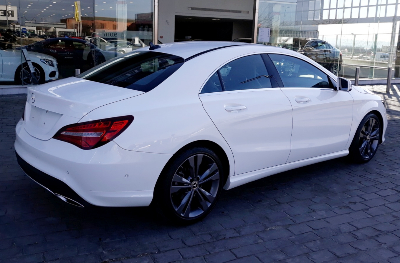 MERCEDES CLA 180  URBAN
