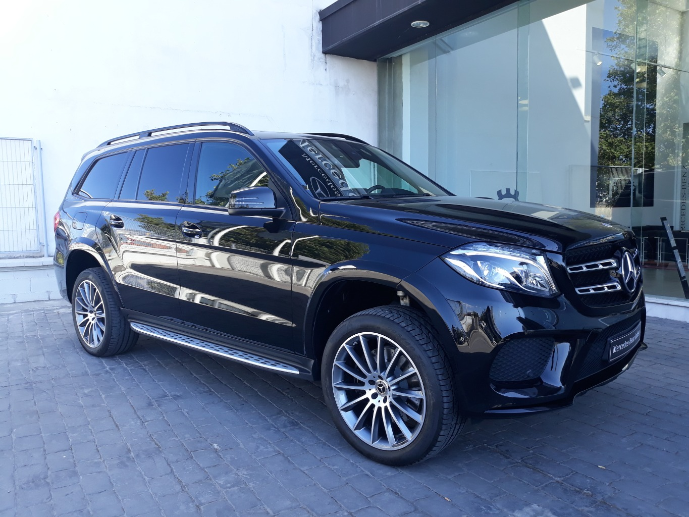 MERCEDES GLS 350 D 4 MATIC