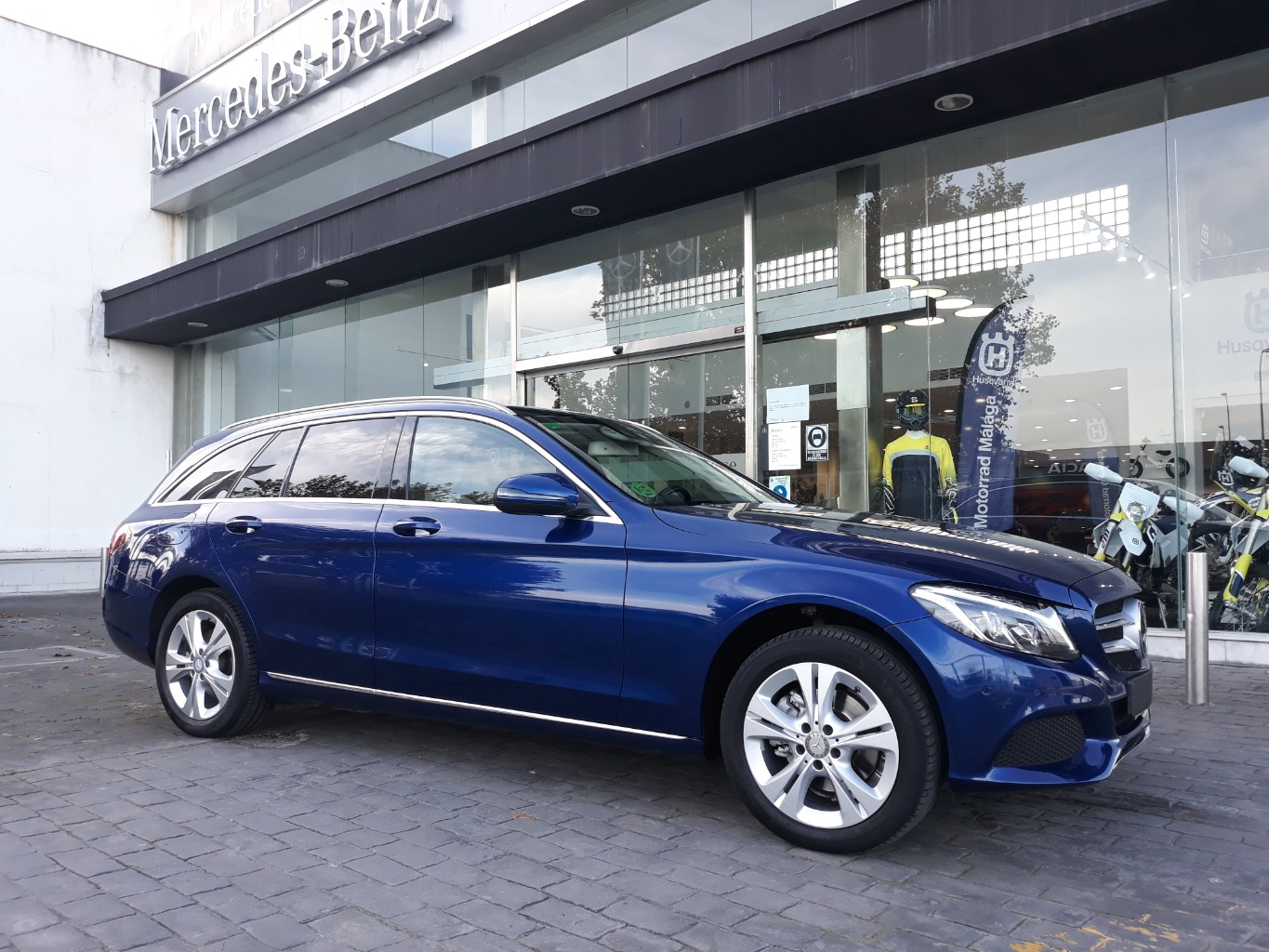 MERCEDES C 220 D ESTATE 4M
